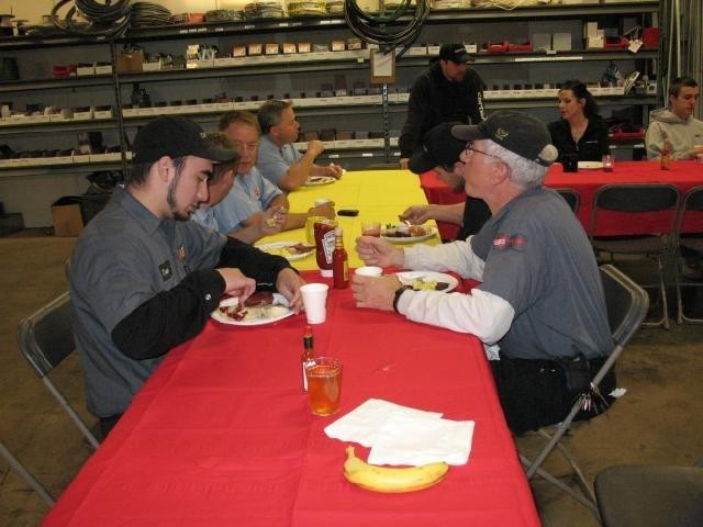 Employee Appreciation Bfast_employees eating2